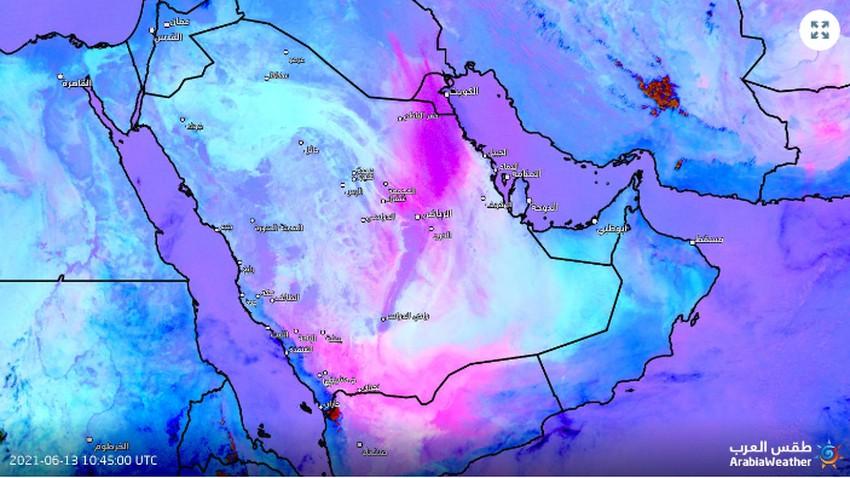 تحديث 2:10م | عاصفة رملية قوية على مشارف الرياض وغبار كثيف متوقع الساعات القادمة