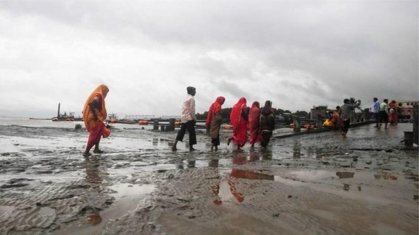 Cyclone Bulbul kills 3 in India and Bangladesh