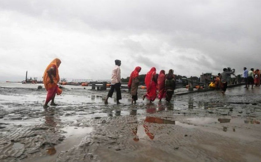 Cyclone Bulbul kills 3 in India and Bangladesh