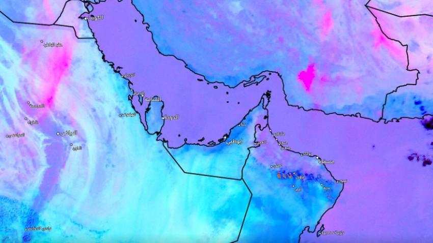 السعودية | مراقبة تشكل موجة من الغبار واحتمالية اندفاعها نحو مدينة الرياض الساعات القادمة