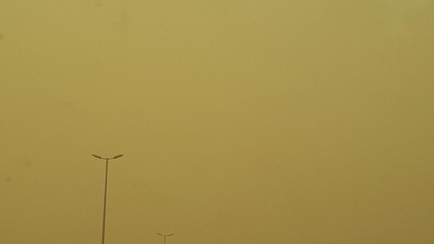 Saudi Arabia Warning to road riders in Najran and Jizan about the density of dust