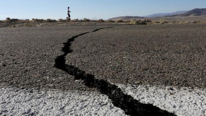 زلزال بقوة 5.7 درجات يهز غرب ايران وسكان الكويت والعراق وشرق السعودية يشعرون بالهزة