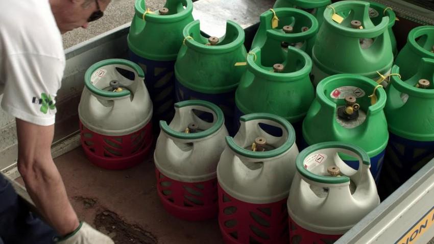 نقيب اصحاب محطات المحروقات يتوقع ارتفاع الطلب على الغاز الى 250 ألف اسطوانة يوميا في المنخفض