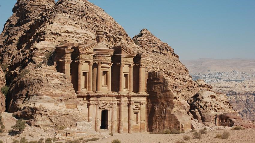 حالة الطقس ودرجات الحرارة المتوقعة في الأردن يوم السبت 13-3-2021