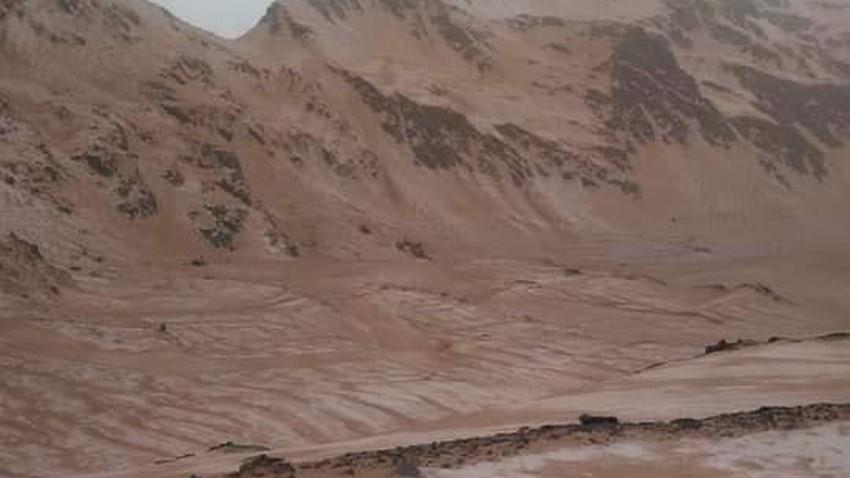 ثلوج برتقالية في جبال الألب و السبب ...