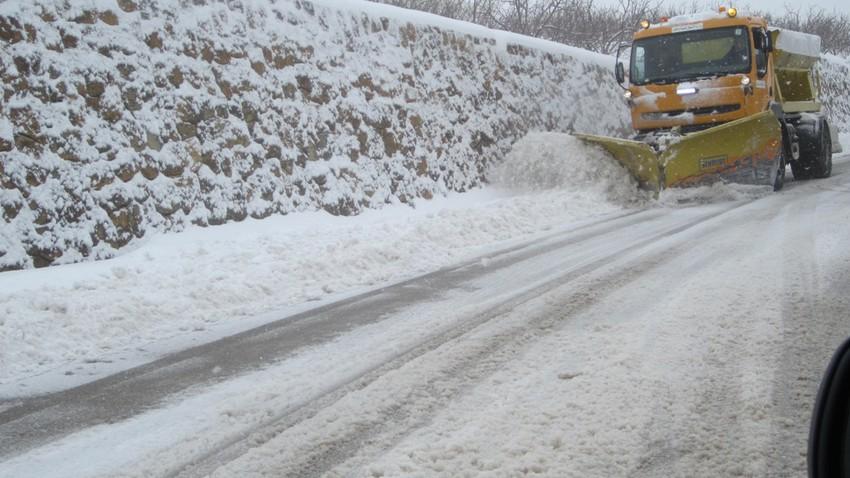 الإدارة المحلية تعلن خطة الطوارئ القصوى للتعامل مع الحالة الجوية