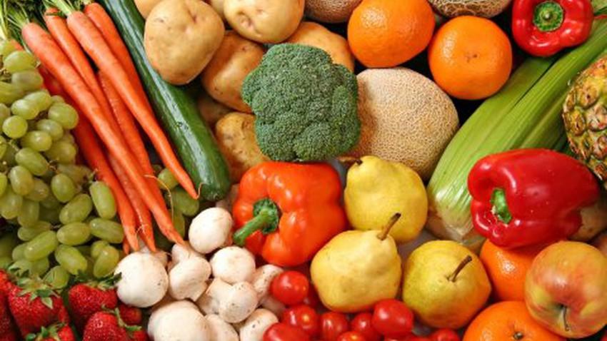 تعرف على بعض الأطعمة التي تحافظ على رطوبة الجسم خلال الأيام الحارة