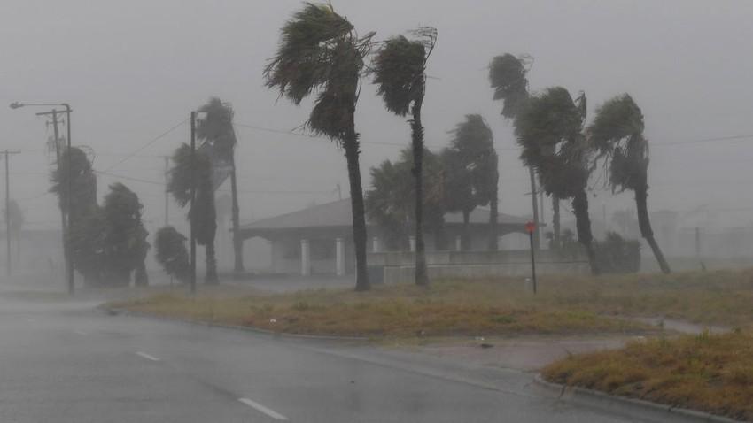 العاصفة فرانسيسكو تضرب جنوب اليابان هذه الليلة
