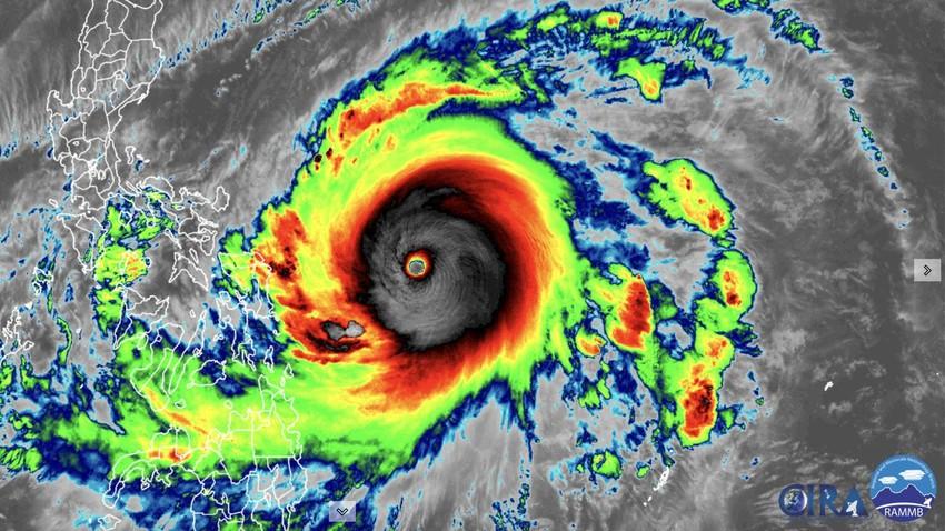 الإعصار سوريغاي يصل للدرجة الخامسة قبالة سواحل الفلبين