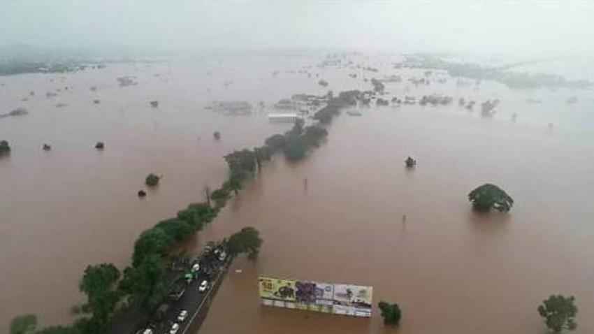 الهند | فيضانات في ولاية كارناتاكا بعد هطول 450 ملم من المطر في 24 ساعة