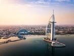 الإمارات | طقس مستقر في أغلب المناطق وفرص للأمطار شرق وجنوب البلاد