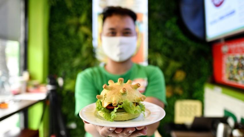 """هل فيروس كورونا ينتقل عبر الطعام؟... """"الصحة العالمية"""" تجيب"""