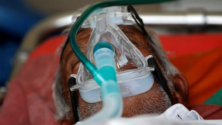 L'Inde fait face à une véritable catastrophe, avec des enregistrements d'infections à virus Corona, des hôpitaux complets et des crématoriums