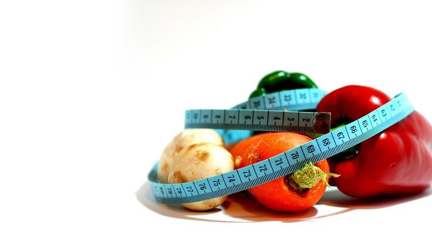 نصائح هامة حول كيفية الحفاظ على الوزن في العيد