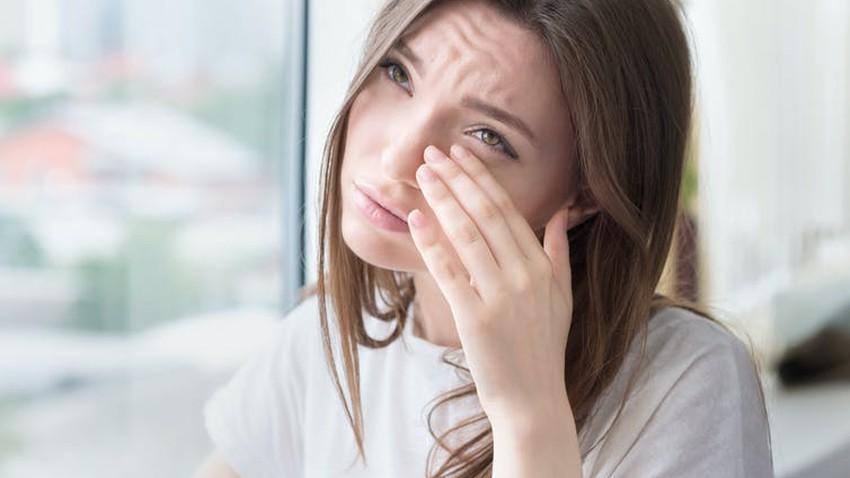 تأثير الأجواء المُغبرة على العين وأهم طرق الوقاية