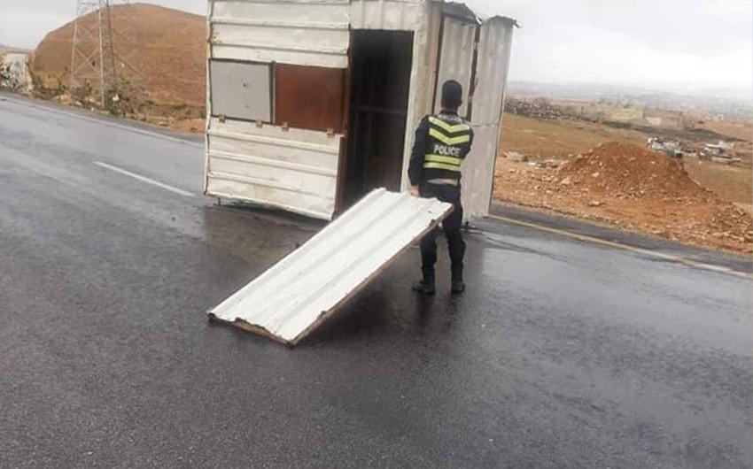 الأردن : مشاهد للأضرار التي شهدتها بعض المناطق نتيجة الرياح الشديدة خلال المنخفض الجوي الأخير