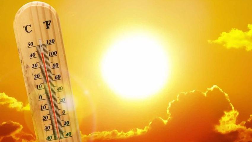 مكة المكرمة | الحرارة تقارب الـ 50  نهار الأحد وتنبيه من ضربات الشمس والإجهاد الحراري