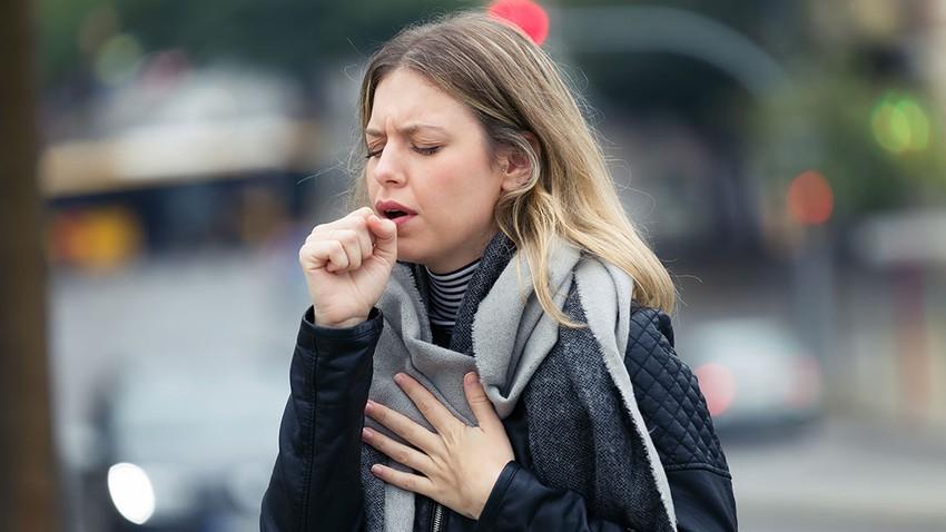 كورونا .. أعراض مزعجة طويلة الأمد تُلازم المُصابين حتى بعد الشفاء