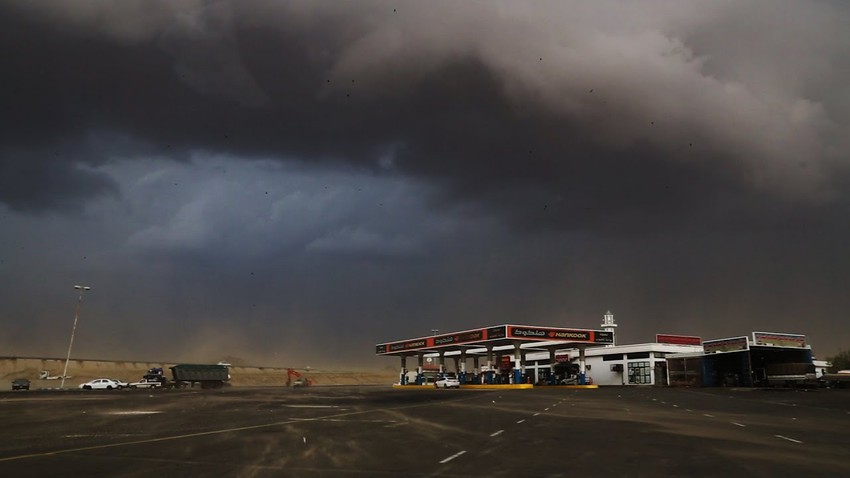 Video | Beautiful scenes of good rain in parts of Al Ain this afternoon, Wednesday