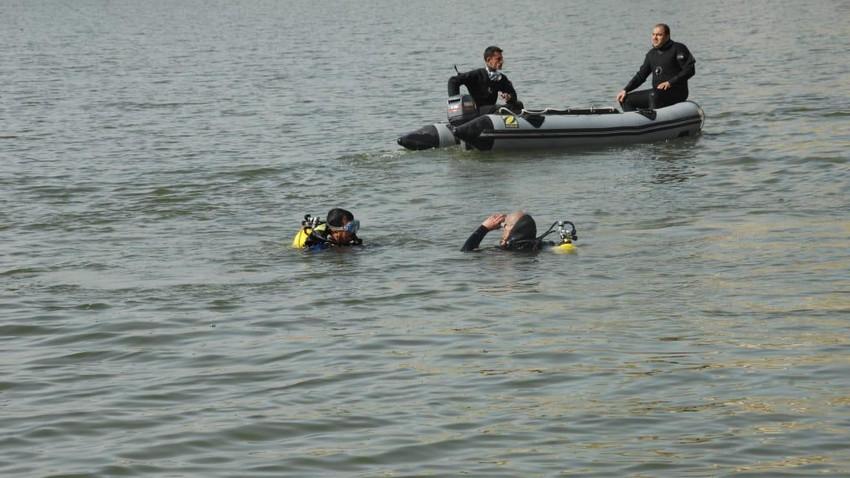 قوارب الدفاع المدني تنقذ شخصاً غرق في البحر الميت