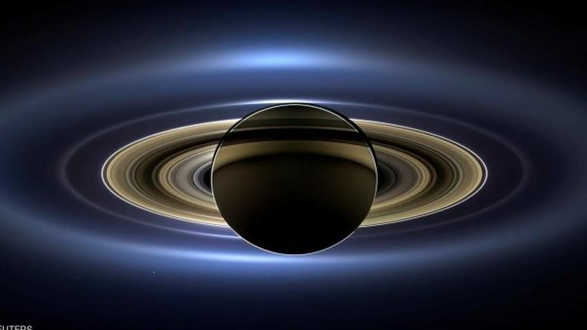 """المسبار """"كاسيني"""" على وشك الغوص في غلاف زحل الجوي.. وهذه أحدث صورة لزحل"""