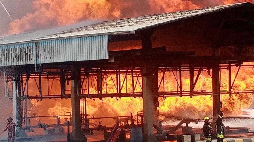 انفجار خطوط ناقلة للنفط بمصفاة العقبة والدفاع المدني يتمكن من السيطرة على الحريق
