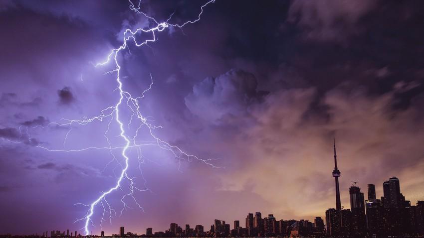الخليج العربي | أحوال جوية غير مستقرة خلال الأسبوع تترافق مع تكاثر السحب الرعدية وهطول الامطار في بعض المناطق