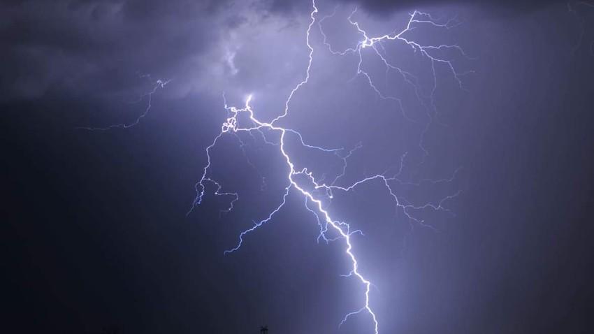 عُمان | اشتداد حدة وشمولية الاحوال الجوية غير المُستقرة الخميس