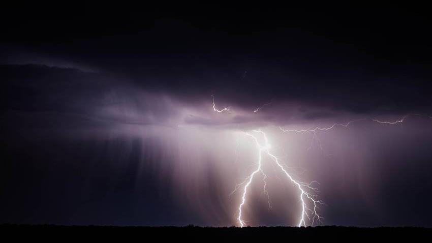 سلطنة عمان | حالة من عدم الاستقرار الجوي اعتبارًا من الأربعاء... وتنبيهات هامة خلالها