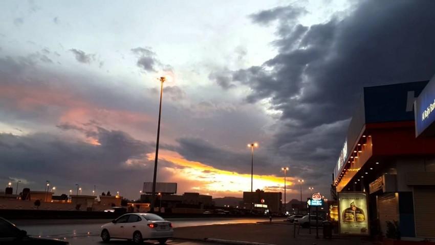 Riyad cette semaine | Temps instable et peu de risques de pluie pendant la plupart de ses jours