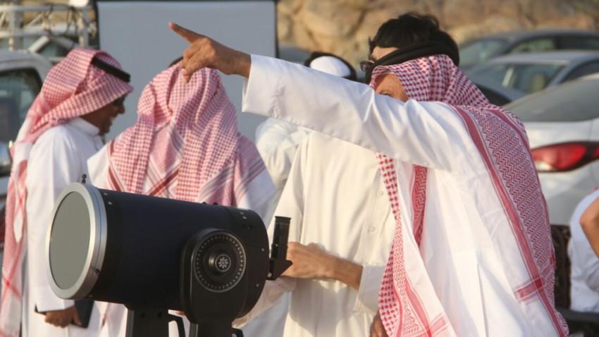دول عربية تتحرى هلال رمضان مع مغيب شمس اليوم الأحد