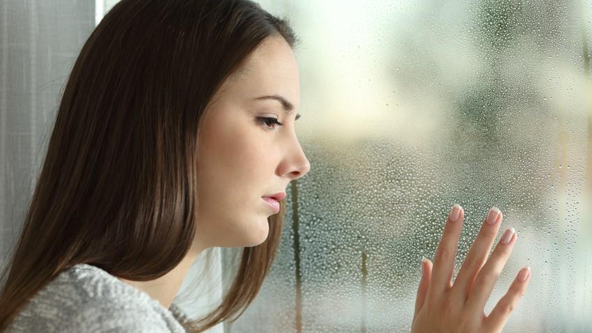 أعراض الاكتئاب الخريفي والشتوي وطرق صحية لعلاجه