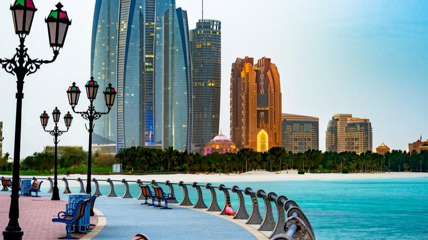الإمارات | طقس مستقر وغائم جزئياً بشكل عام مع فرصة ضعيفة للأمطار على الجُزر