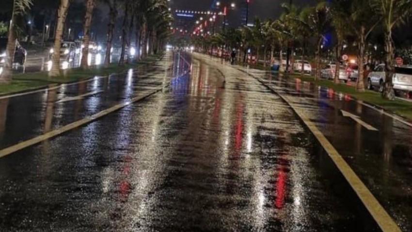 بالفيديو | جدة تحت زخات المطر كما رصدها متابعونا قبل قليل