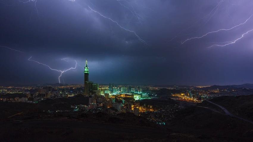 مكة المكرمة   تفاصيل هامة حول تحسن فرص الأمطار اعتباراً من الإثنين وحتى يوم الأربعاء