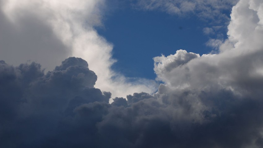 حالة من عدم الاستقرار الجوي تؤثر على أجزء من المملكة مع ساعات عصر ومساء الاثنين