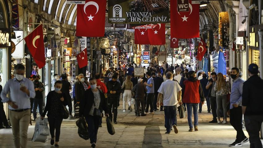 تركيا تستعد لأول إغلاق كامل بعد أن كانت قصة نجاح في التعامل مع وباء كورونا..كيف حدث ذلك؟