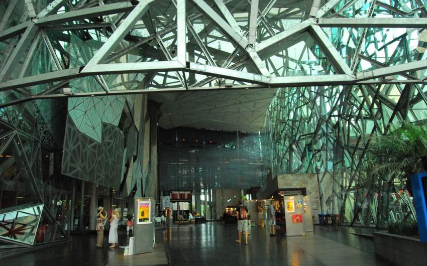 يقدم معرض فكتوريا الوطني أعمال فنية فريدة من نوعها وورش عمل لراغبى تعلم الفن المختلف