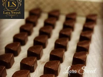 Lara Sweet